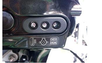 Изображение светодиодных индикаторов контроля двигателя