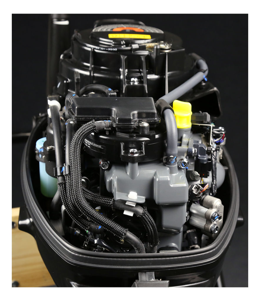 Фото галерея лодочных моторов Сузуки DF9.9B / DF15A / DF20A